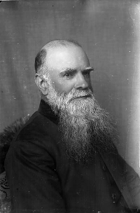 Rev Evan Phillips